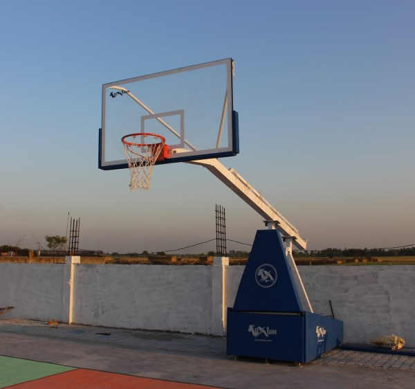 Basketball Goals  - Movable Premium (Spring Loaded System)
